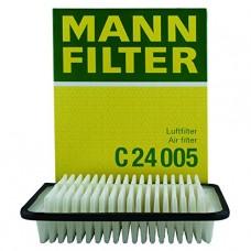 Фильтр воздушный Mann C24 005 TOYOTA (Toyota Auris >07, Corolla X >07, Avensis III >09, IQ >09, Yaris I, II)